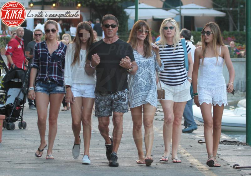 Sistine Stallone, Scarlet Stallone, Sophia Stallone, Jennifer Flavin, Sylvester Stallone - Portofino - 13-02-2042 - Estate 2019: i vip turisti abituali in Italia
