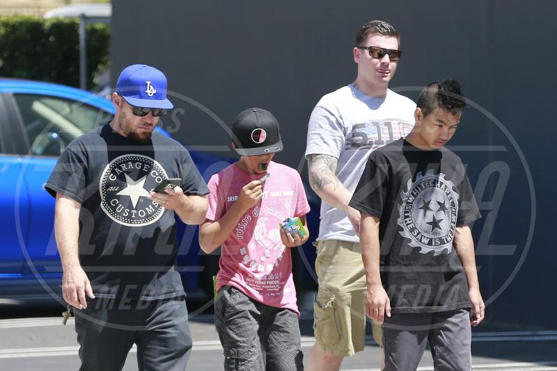 Maddox Chivan Jolie-Pitt, Pax Thien Jolie-Pitt - Los Angeles - 15-07-2015 - Maddox Jolie-Pitt: il racconto shock del volontario cambogiano