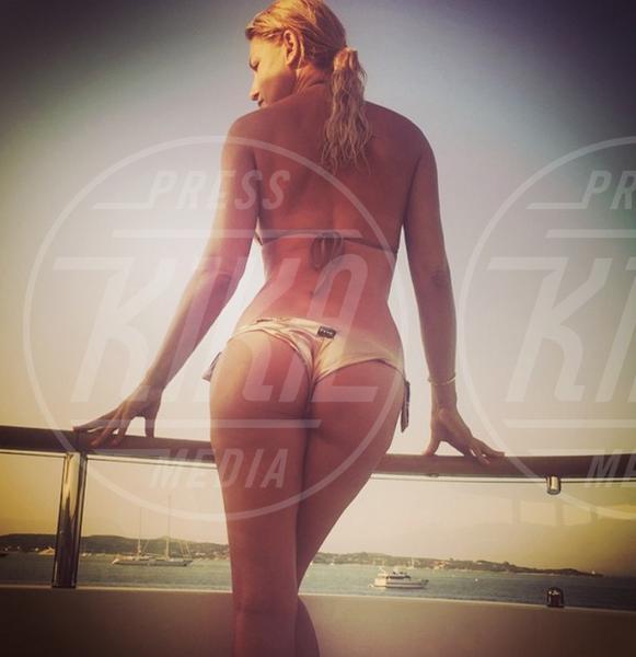 Raffaella Zardo - 19-07-2015 - Emily Ratajkowski e il selfie che ha fatto impazzire la rete
