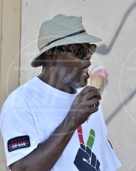 Samuel L. Jackson - Saint Tropez - 19-07-2015 - Sta per tornare l'estate e non può mancare il gelato!