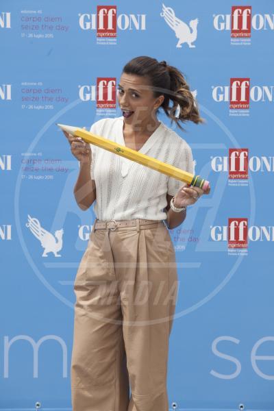 Serena Rossi - Giffoni Valle Piana - 19-07-2015 - La coda di cavallo punta sempre più in alto