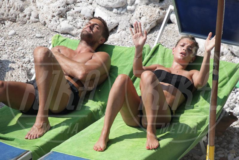 fabio borriello, Emma Marrone - Capri - 22-07-2015 - Emma, Fabio e Alvaro: il triangolo no?