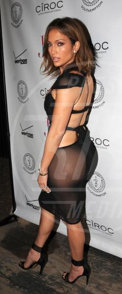 Jennifer Lopez - New York - 25-07-2015 - Sotto il vestito niente? Giudicate voi