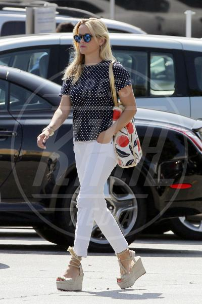 Reese Witherspoon - Los Angeles - 28-07-2015 - Primavera francese: largo a pois e quadretti Vichy!