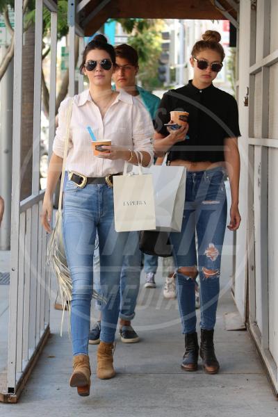 Gigi Hadid, Kendall Jenner - Los Angeles - 01-08-2015 - Sta per tornare l'estate e non può mancare il gelato!