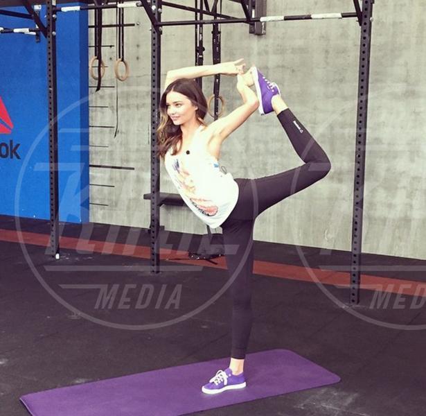 Miranda Kerr - 02-08-2015 - Ma dove vai... se lo yoga non lo fai?