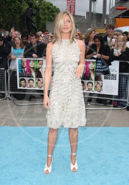 Jennifer Aniston - Londra - 20-07-2011 - Jennifer Aniston è incinta di due gemelle