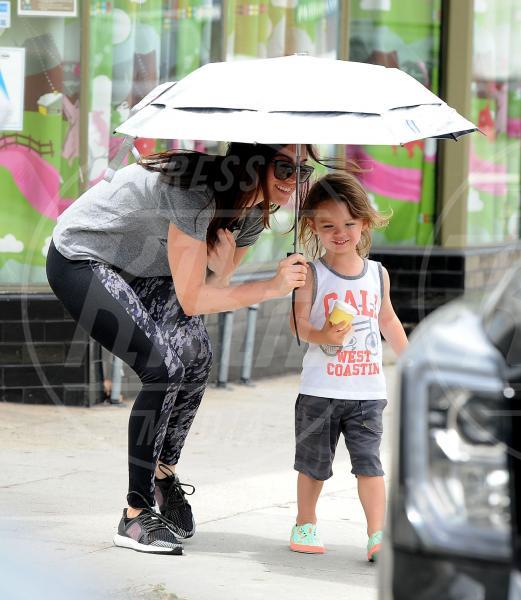 Noah Shannon Green, Megan Fox - Los Angeles - 06-08-2015 - Star come noi: la pioggia non guarda in faccia a nessuno