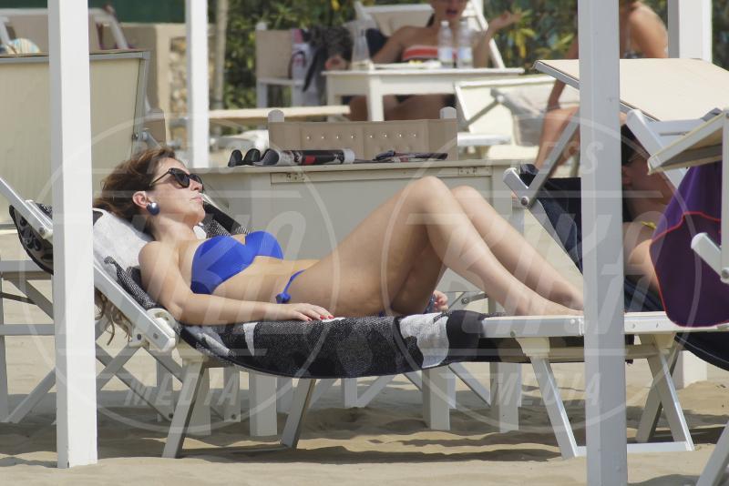 Maria Elena Boschi - Marina di Pietrasanta - 09-08-2015 - Maria Elena Boschi debutta su Instagram (e piovono pretendenti)
