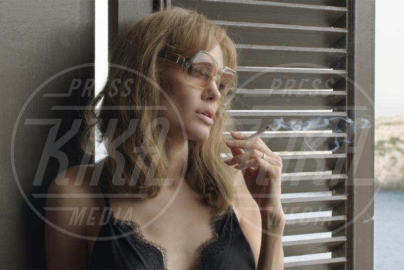 By The Sea, Angelina Jolie - Los Angeles - 16-01-2016 - Addio Brangelina: galeotto fu il set, nel bene e nel male
