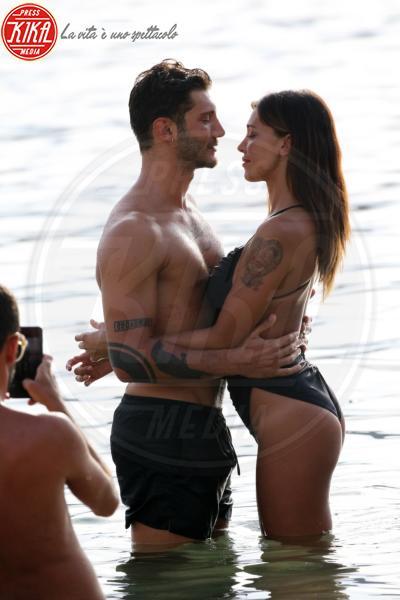 Stefano De Martino, Belen Rodriguez - Mykonos - 14-08-2015 - Rodriguez-De Martino: ecco i termini del divorzio
