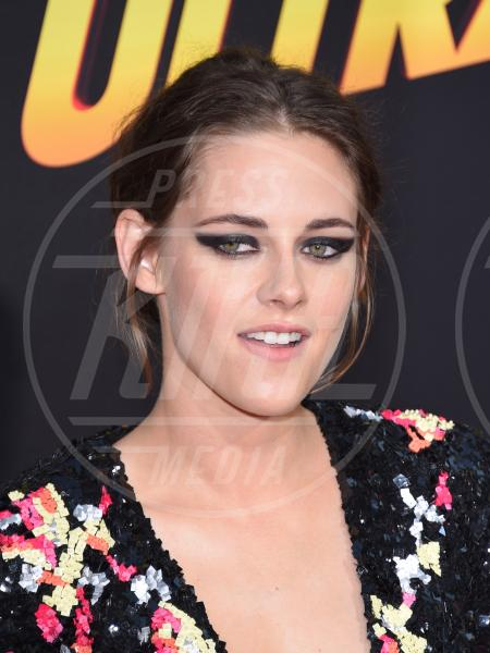 Kristen Stewart - Los Angeles - 18-08-2015 - Twilight saga, nuovo libro, ruoli invertiti