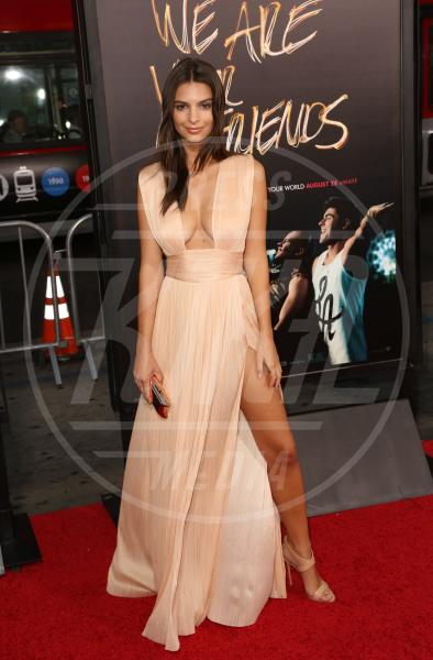 Emily Ratajkowski - Los Angeles - 21-08-2015 - Le gambe più sexy? Giudicatele voi...