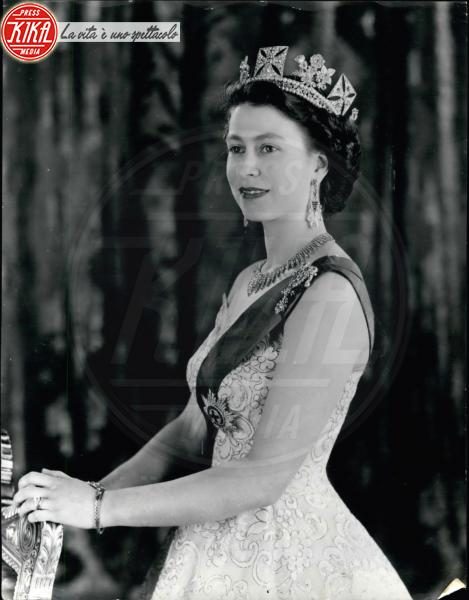 Regina Elisabetta II - 04-04-1953 - Dio salvi la regina: Elisabetta II compie 63 anni di regno