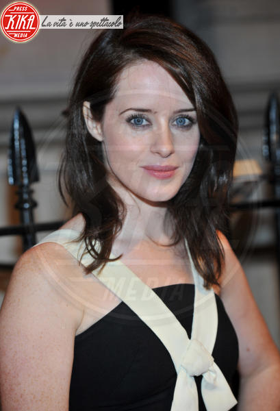 Claire Foy - Londra - 08-10-2013 - The Crown, la vita di Elisabetta II in TV. Lo sapevate che...?