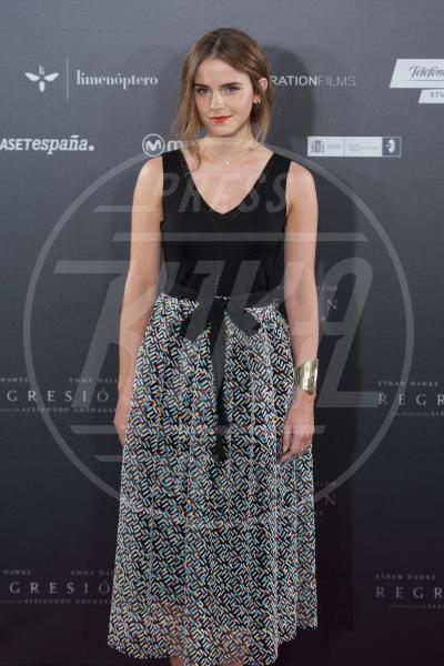 Emma Watson - Madrid - 27-08-2015 - Emma Watson ricicla gli abiti... non il fidanzato!
