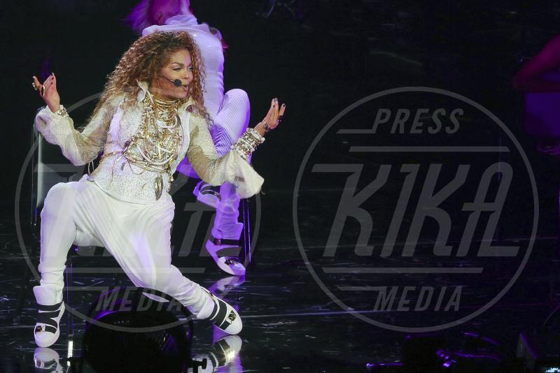 Janet Jackson - Vancouver - 31-08-2015 - Brigitte Nielsen, 54 anni col pancione: quante mamme negli anta!