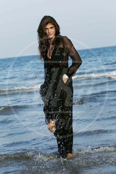 Elisa Sednaoui - Venezia - 01-09-2015 - Venezia 75: sotto il vestito poco, anche quest'anno!