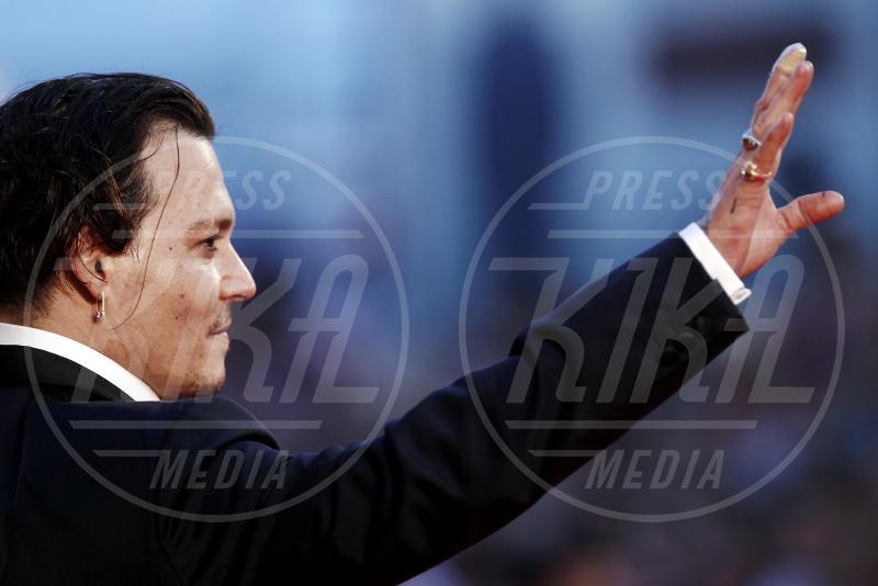 Johnny Depp - Venezia - 04-09-2015 - Venezia 2015: quanto è gonfio Johnny Depp?
