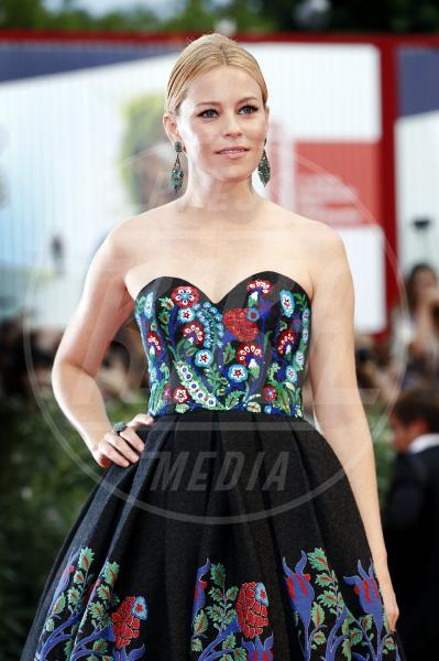 Elizabeth Banks - Venezia - 04-09-2015 - Venezia 2015: quanto è gonfio Johnny Depp?