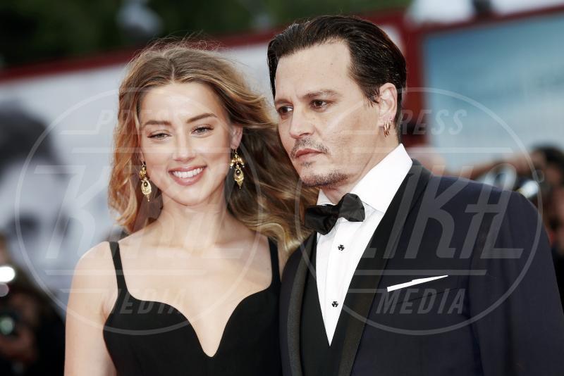 Amber Heard, Johnny Depp - Venezia - 04-09-2015 - Venezia 2015: quanto è gonfio Johnny Depp?