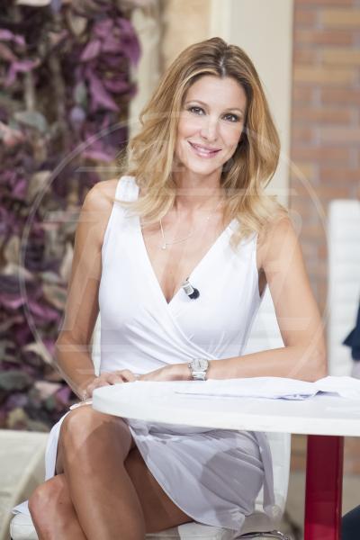 Adriana Volpe - Roma - 07-09-2015 - Ecco perché Laura Forgia ha pianto in diretta a I Fatti Vostri