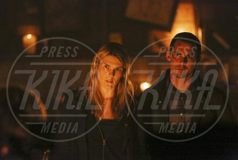 The whispers, Lily Rabe, Milo Ventimiglia - 08-09-2015 - Arriva su Fox The Whispers, serie TV di Steven Spielberg