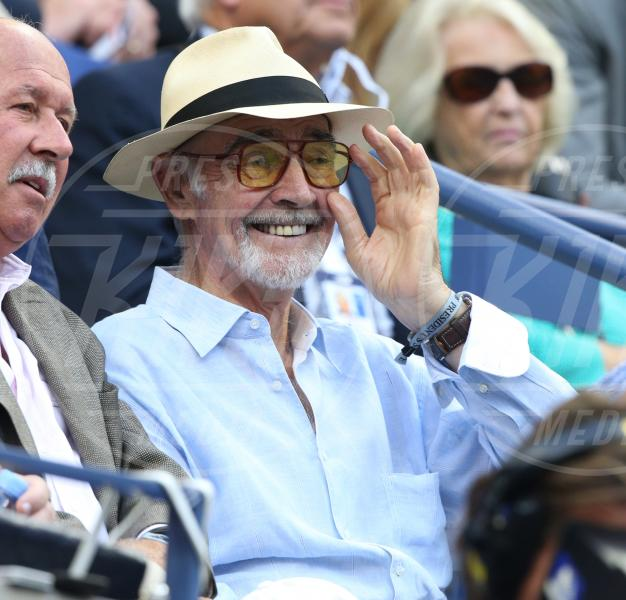 Sean Connery - New York - 11-09-2015 - Star come noi: quando il tifo...è vip!
