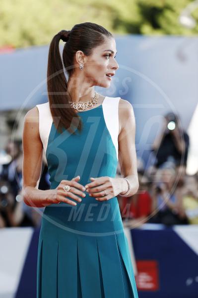 Elisa Sednaoui - Venezia - 12-09-2015 - La coda di cavallo punta sempre più in alto