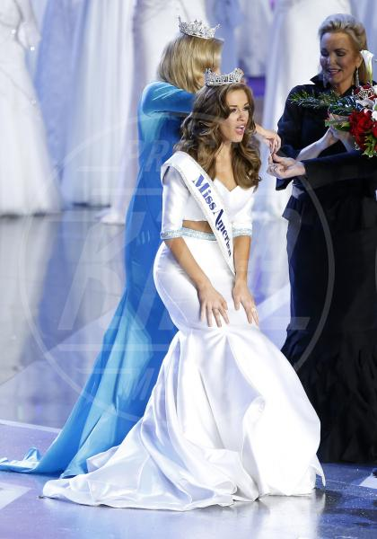 Betty Cantrell, Phyllis George - 2015 Miss America Kira Kazantsev - Atlantic City - 13-09-2015 - Betty Cantrell è la nuova Miss America 2015