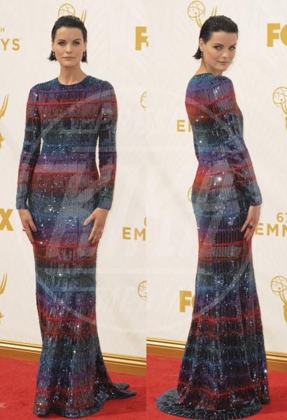 Jaimie Alexander - 21-09-2015 - Emmy Awards 2015: le dive viste fronte e retro