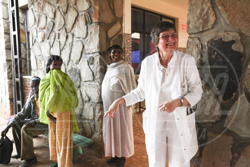 Suor Rita Schiffer - Etiopia - 17-07-2015 - Suor Rita e Suor Luciana, una vita a curare i malati in Etiopia