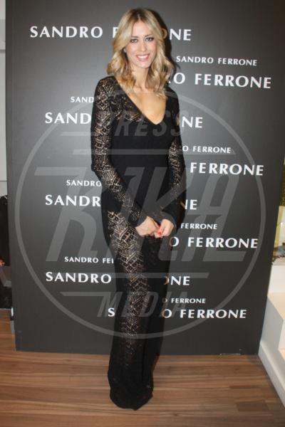 Elena Santarelli - Milano - 22-09-2015 - Elena Santarelli e le altre, sotto la gonna... body e culottes!