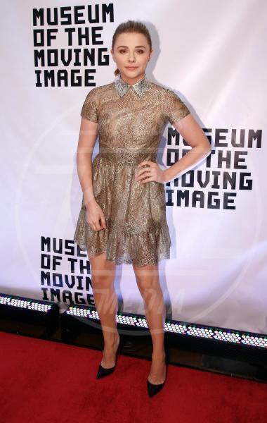 Chloe Grace Moretz - New York - 21-01-2015 - Chi lo indossa meglio? Ecco i look brillanti per le feste!