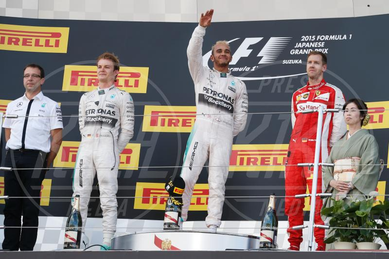 Nico Rosberg, Sebastian Vettel, Lewis Hamilton - Suzuka - 27-09-2015 - Lewis Hamilton vince a Suzuka ed eguaglia Senna