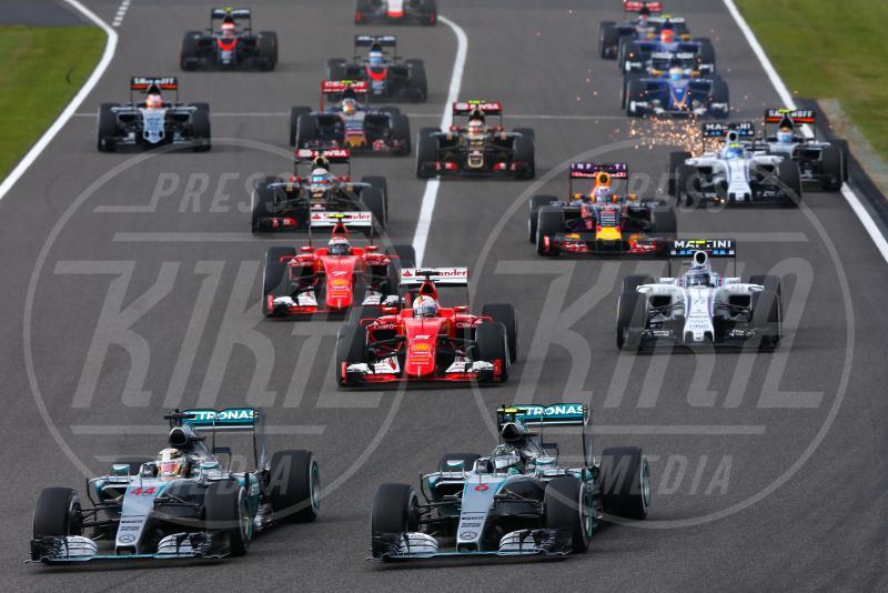 Nico Rosberg, Lewis Hamilton - Suzuka - 27-09-2015 - Lewis Hamilton vince a Suzuka ed eguaglia Senna