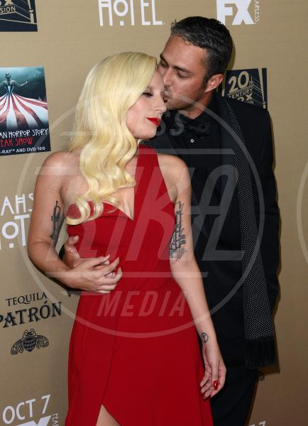 Taylor Kinney, Lady Gaga - Downtown Los Angeles - 03-10-2015 - American Horror Story 6, ci sarà anche Lady Gaga?