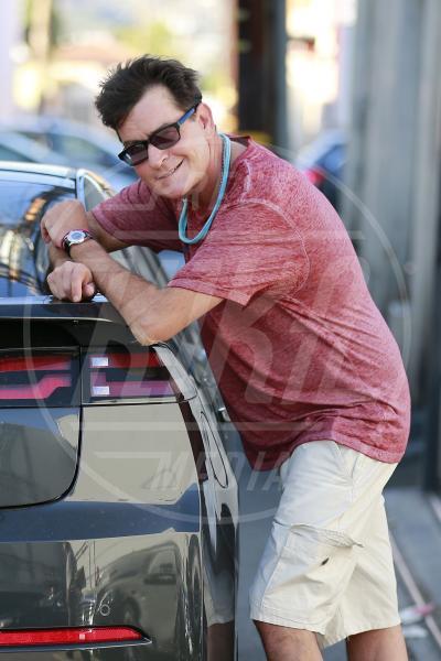 Charlie Sheen - Los Angeles - 09-10-2015 - Sheen avrebbe tentato di assoldare un killer per uccidere l'ex