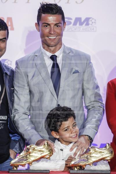 Cristiano Ronaldo jr., Cristiano Ronaldo - Madrid - 13-10-2015 - Cristiano Ronaldo ancora papà... di due gemelli!