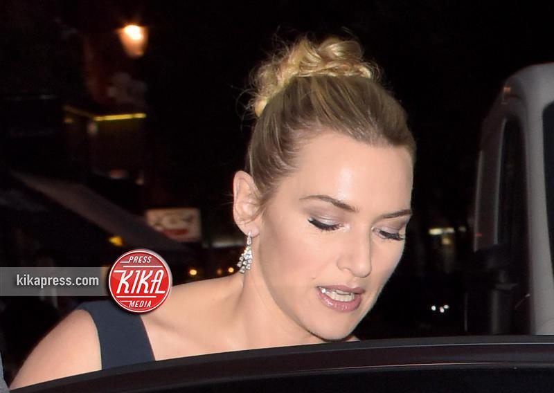 Kate Winslet - Londra - 18-10-2015 - Cosa ti metti in testa per le feste? Prova con la treccia...