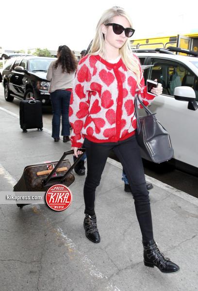 Emma Roberts - Los Angeles - 20-10-2015 - Il look di San Valentino? Pieno di baci... e di cuori!