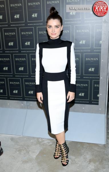 Eve Hewson - New York - 20-10-2015 - Gigi Hadid è una dama in nero al lancio di Balmain per H&M