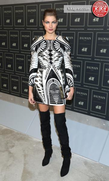 Jessica Hart - New York - 20-10-2015 - Gigi Hadid è una dama in nero al lancio di Balmain per H&M