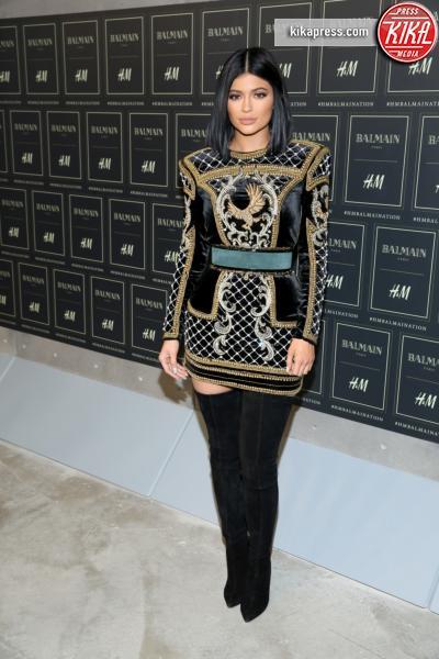 Kylie Jenner - New York - 20-10-2015 - Gigi Hadid è una dama in nero al lancio di Balmain per H&M