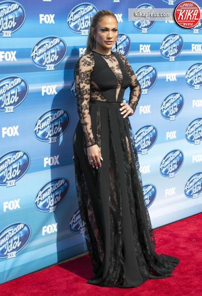 Jennifer Lopez - Los Angeles - 13-05-2015 - Pizzo nero, un classico sul tappeto rosso