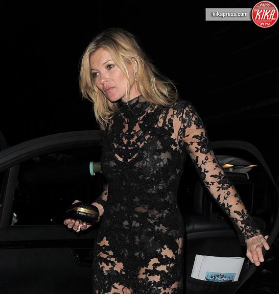 Kate Moss - Londra - 12-03-2015 - Pizzo nero, un classico sul tappeto rosso
