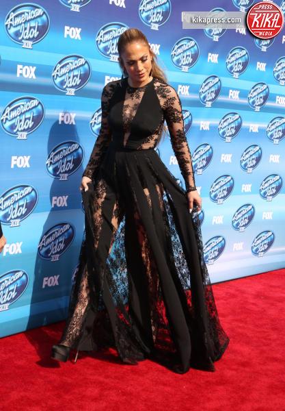 Jennifer Lopez - Beverly Hills - 13-05-2015 - Pizzo nero, un classico sul tappeto rosso