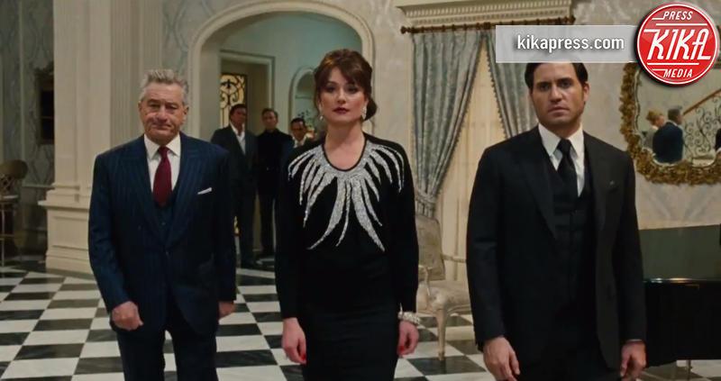 Jennifer Lawrence, Robert De Niro - Los Angeles - 22-10-2015 - Jennifer Lawrence, rilasciato il nuovo trailer di Joy