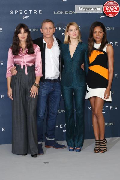 Lea Seydoux, Naomie Harris, Daniel Craig, Monica Bellucci - Londra - 22-10-2015 - Bellucci, Harris e Seydoux: ecco l'evoluzione delle Bond girl