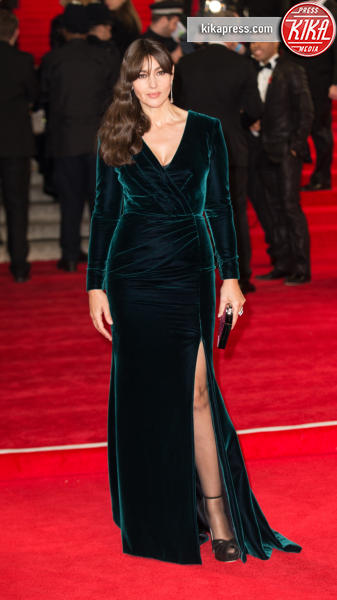 Monica Bellucci - Londra - 26-10-2015 - Le star che sanno osare: sensualità over 50 sul red carpet
